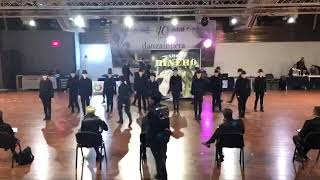 Show DINERO - Time To Dance Academy