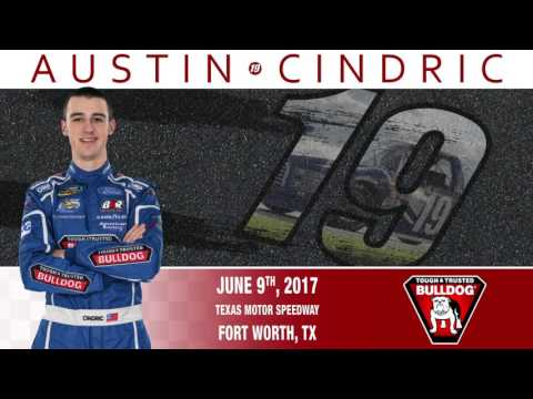 Austin Cindric Races Texas Motor Speedway in the #19 BULLDOG® Ford