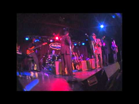 Hubert Sumlin, Jimmy Vivino, Levon Helm at BB Kings, NY 2001 Part 4.