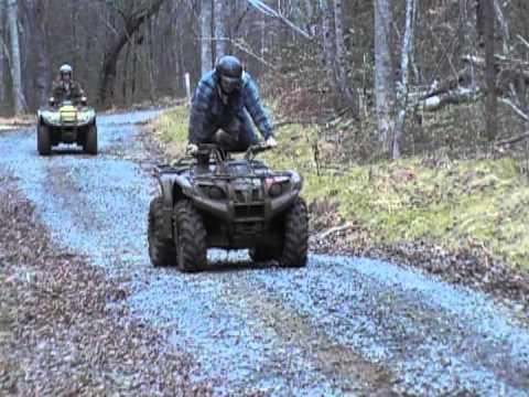Foreman 500 vs Kodiak 450 4x4 Wheelie Competition