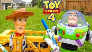 Woody and Buzz Summer Morning Routine on Toy Story 4 School Bus