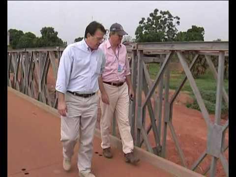 MaximsNewsNetwork: SUDAN's YEI BRIDGE TO UGANDA & D.R. CONGO (UNMIS)