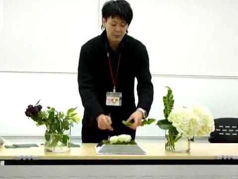 日比谷花壇・フラワーアレンジメントデモンストレーション