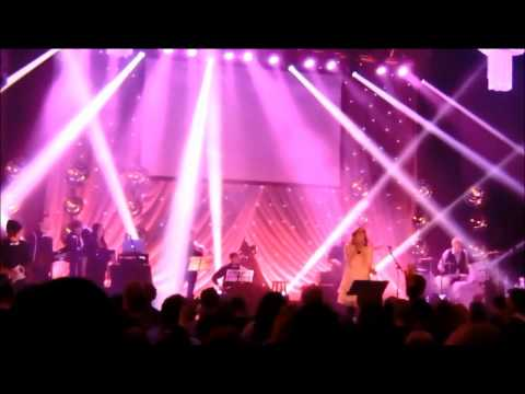 Miracle Maker (live)_ Kim Walker (Español)