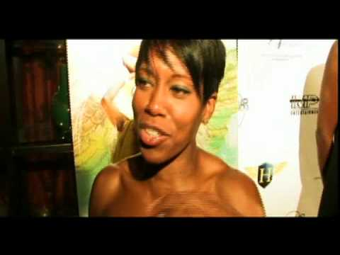 Lisa Leslie WNBA Retirement Red Carpet Feat: John Sally, Regina King & Leslie 