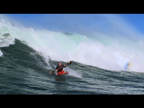 Big wave kayaking - Tao Berman 2012