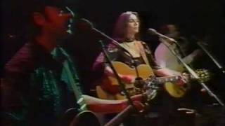 Watch Emmylou Harris Tennessee Rose video