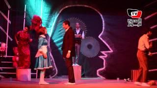 «بيت الدمية» عرض مسرحى لفرقة ١+١