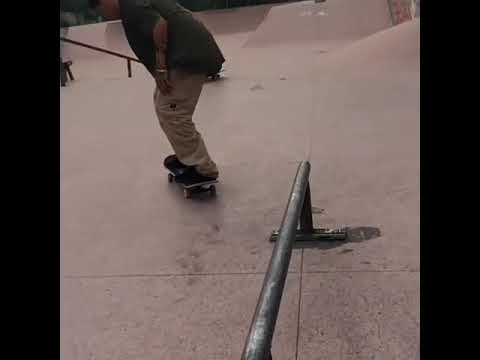 Damn @marceloprofeta_ 🎥: @chamano_rec   Shralpin Skateboarding