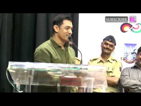 Aamir Khan launches book My Marathi Part 2