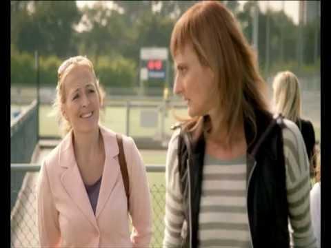 Jeannette Numan, actrice, in de nieuwe SIRE-commercial: Geef kinderen hun spel terug