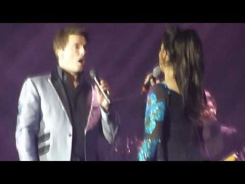 So Close - John Barrowman And Jodie Prenger Live At Cardiff video