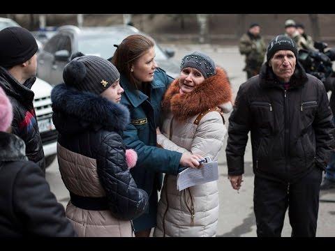 Relatives await news after massive gas blast at Donetsk mine in E.Ukraine