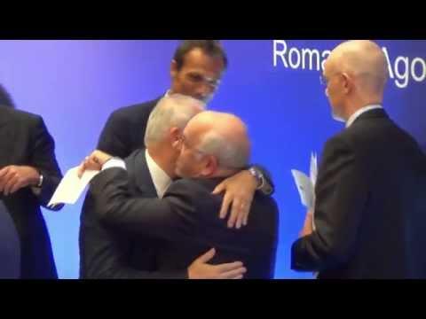 Trotz Rassismusskandal: Carlo Tavecchio wird Chef des italienischen Fußballverbands