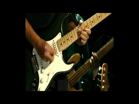 Steve Winwood & Eric Clapton - Little Wing (Hendrix) Live in Madison Square Garden 2009.avi