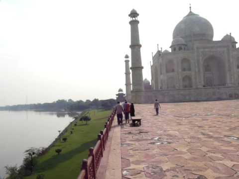 Rio Yamuna Y Taj Mahal video