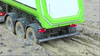 RC CONSTRUCTION MACHINES FAIL! COOL RC MACHINES WORK IN THE MUD! HEAVY MUD AT THE CONSTRUCTION