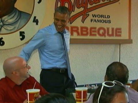 Raw: Obama Eats Ribs in Kansas City