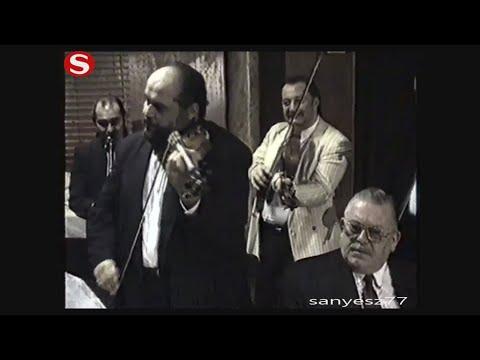 Buffó Rigó Sándor és zenekara-mulatás 1993'