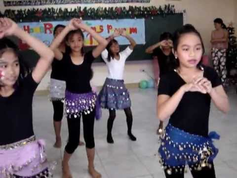 Grade 5 students of Laoag Central Elementary School