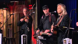 Watch Jim Lauderdale Headed For The Hills video