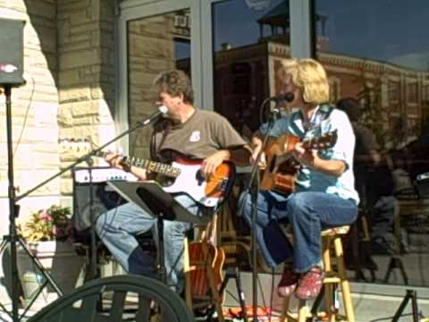 Gayle Chapman at Tullys.AVI