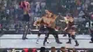 The Big Show, Billy Gunn, and Albert vs Shawn Stasiak, Chris Kanyon, and Hugh Morrus invasion 2001