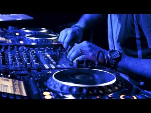 Download Lagu Despacito(subeme la radio remix)DJ Ravin in da mix MP3 Free