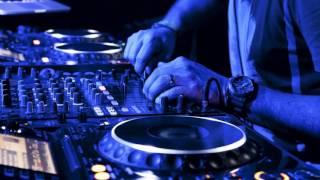 download lagu Despacitosubeme La Radio Remixdj Ravin In Da Mix gratis