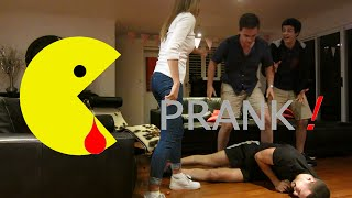 HILARIOUS Severed Finger PRANK!
