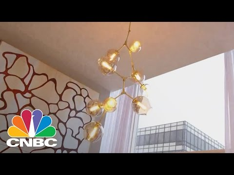 Pop Quiz With 360 New York City Penthouse Views | CNBC