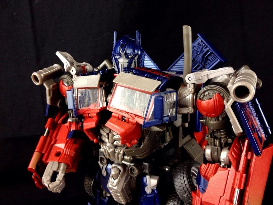 Takara Tomy Striker Optimus Prime Da28 Striker Optimus Prime