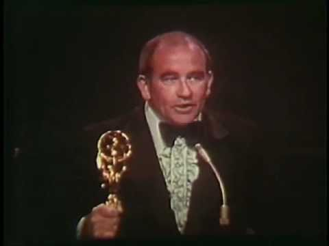 Ed Asner and Valerie Harper win 1972 Emmys for The Mary Tyler Moore Show