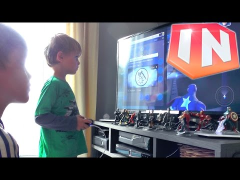 Kids Play Disney Infinity 2.0 Marvel The Avengers Play-Set