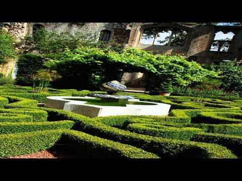 Sudeley castle gardens Ealing London