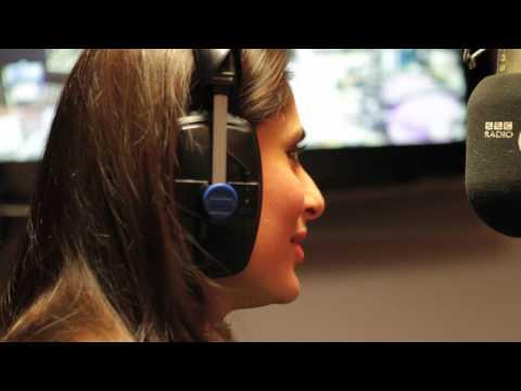 What do Imran Khan and Kareena Kapoor think about romance? Ek Main Aur Ekk Star Episode 23