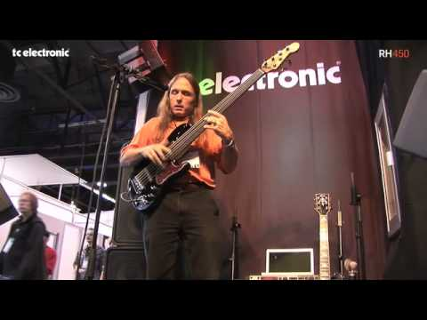 Steve Bailey playing TC Electronic RH450 live at NAMM '09