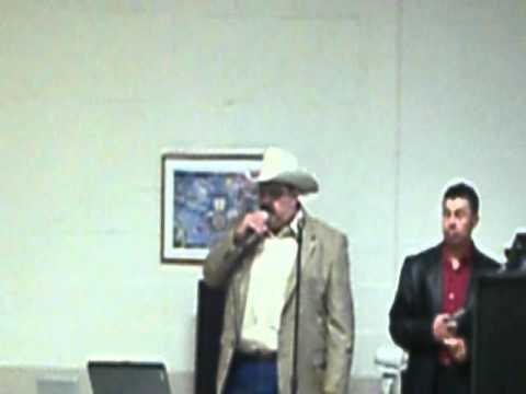 Cantando En Un Bautiso Don Tino Con Musica Karaoke Los Conpadres Y DJ Parte 2