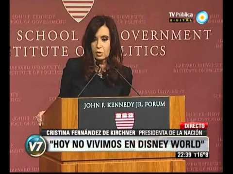 Visión 7: La Presidenta con estudiantes en la Universidad de Harvard