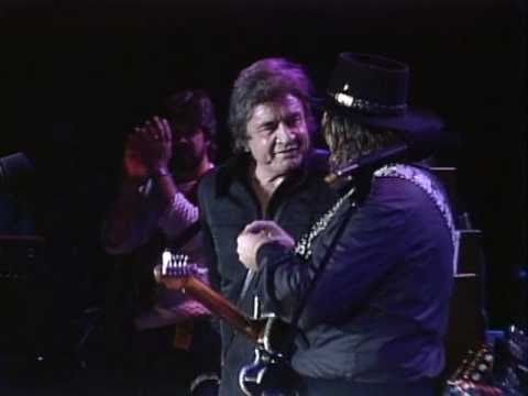 Johnny Cash&Waylon Jennings - Folsom Prison Blues (Live at Farm Aid 1985)