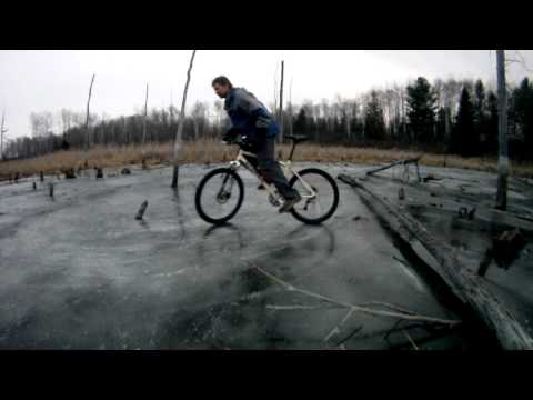 Bicycle Ice Drifting 2