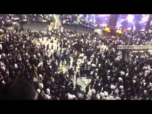 """רבבות בעצרת לזכר מרן הגר""""ע יוסף זצ""""ל באצטדיון ארנה - חלק 2"""