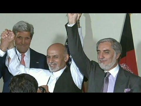Afghanistan : les deux rivaux de la présidentielle doivent signer un accord