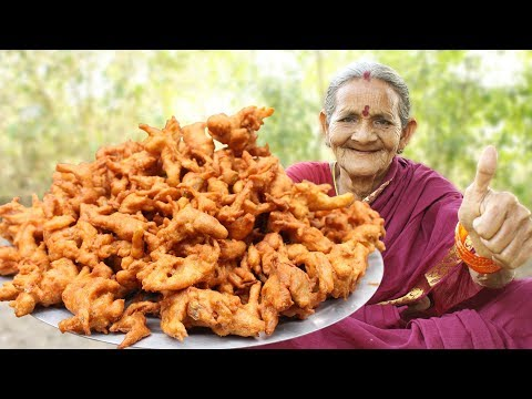 Crispy Onion Pakora || How to Make Crispy Onion Pakoda By Grandma || Myna Street Food