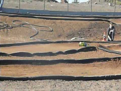 Savage vs Truggy Race