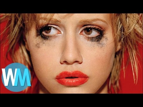 Top 10 Unsolved Celebrity Deaths Subscribe: http://goo.gl/Q2kKrD These celebrity cold cases show that there's a dark side to fame. Welcome to http://www.WatchMojo.com, and today we're counting...