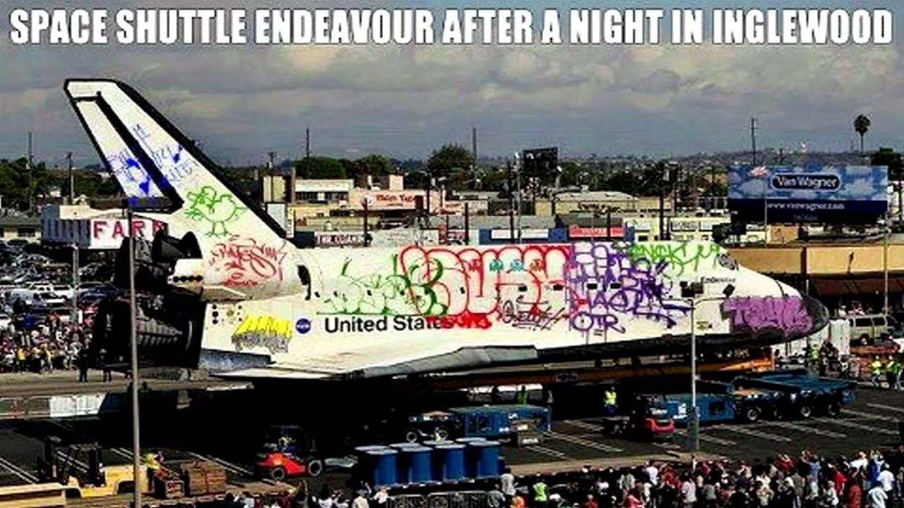 Space Shuttle Endeavour After A Night In Inglewood Youtube