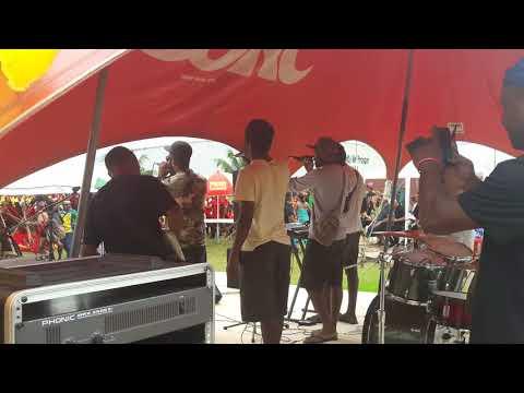Bus Driver- Elbig Raings & Eldiz Mune on stage.