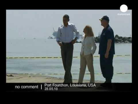 Barack Obama inspects the oil spill in Louisiana - no comment