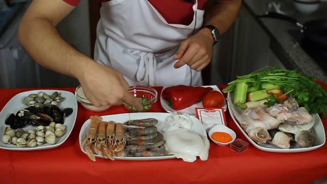 Receta paella de marisco y caldo de pescado youtube - Paella de pescado ...